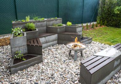 Zahrada hrou s designovým prvkem Playstone. Co vše z něj lze postavit?