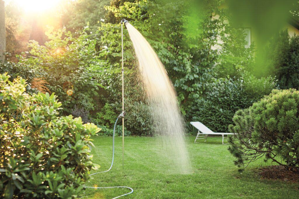 teleskopická zahradní sprcha for_q Hornbach