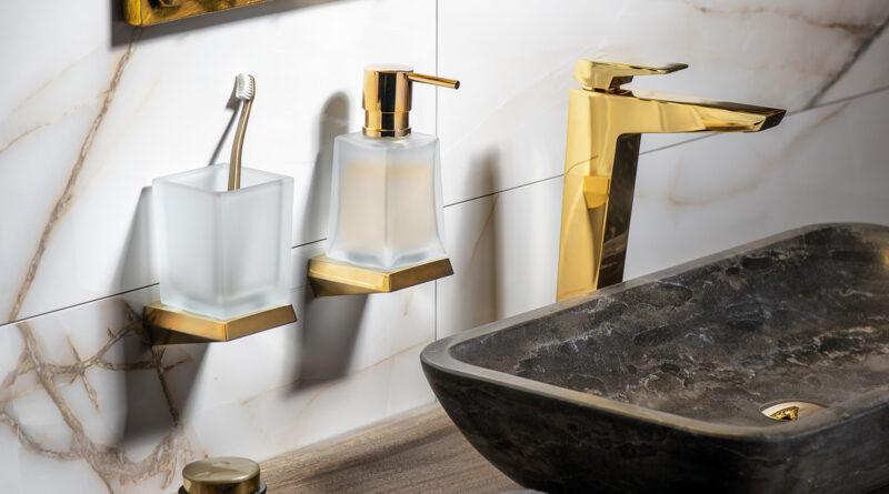 Koupelna s dotekem zlata